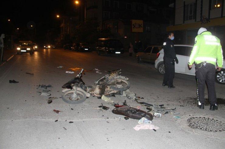 Konya'da motosikletle otomobil çarpıştı: 3 yaralı