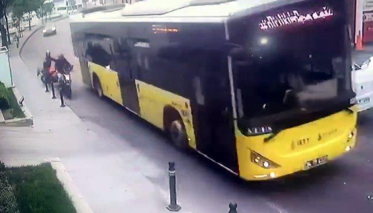 Sarıyer'de motosiklet kazası kamerada