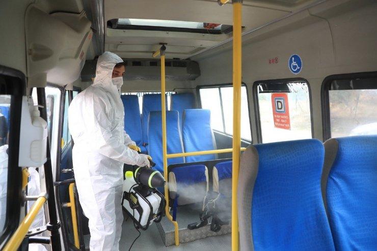 Vatandaşın ortak olarak kullandığı alanlar dezenfekte ediliyor